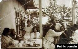 Осип Мандельштам на даче у Максимилиана Волошина в Крыму
