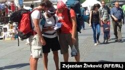 Turistlər