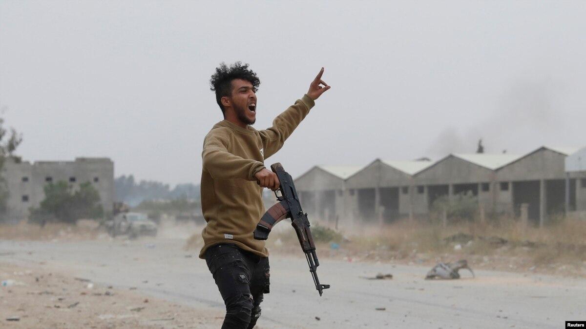 Миссия ООН: поставки оружия в Ливии продолжаются
