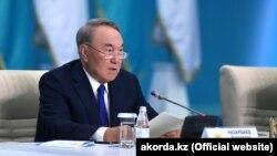 Нурсултану Назарбаєву присвоїли статус почесного голови Євразійського економічного союзу на засіданні в Нур-Султані 29 травня