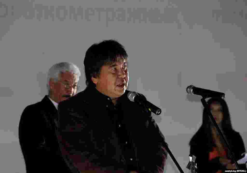 Председатель Союза кинематографистов Кыргызстана Садык Шер-Нияз