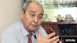 Теміртау тұрғыны Тілеукен Смағұлов 1986 жылы металлургиялық комбинаттың партия комитеті төрағасының орынбасары болатын.