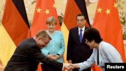Angela Merkel i Li Kećing u Pekingu