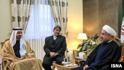شیخ عبدالله بن زاید آل نهیان (چپ) در دیدار با حسن روحانی- ۷ آذرماه ۱۳۹۲