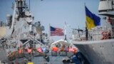 Росію здатні стримати не одні лише санкції, а й пряма підтримка України з боку Заходу, вважають експерти
