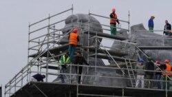 В Праге в рамках съемок фильма восстановили часть памятника Сталину