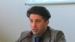 Disidentul azer Emin Huseinov răspunde întrebărilor Iolandei Bădiliță