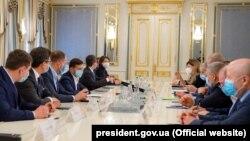 Встреча Владимира Зеленского с лидерами крымскотатарского народа