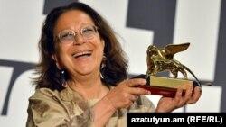 «Ոսկե առյուծ» մրցանականը ստացավ Վենետիկի բիենալեի հայկական տաղավարի համադրող Ադելինա Կյուրբերյան ֆոն Ֆյուրշթենբերգը: