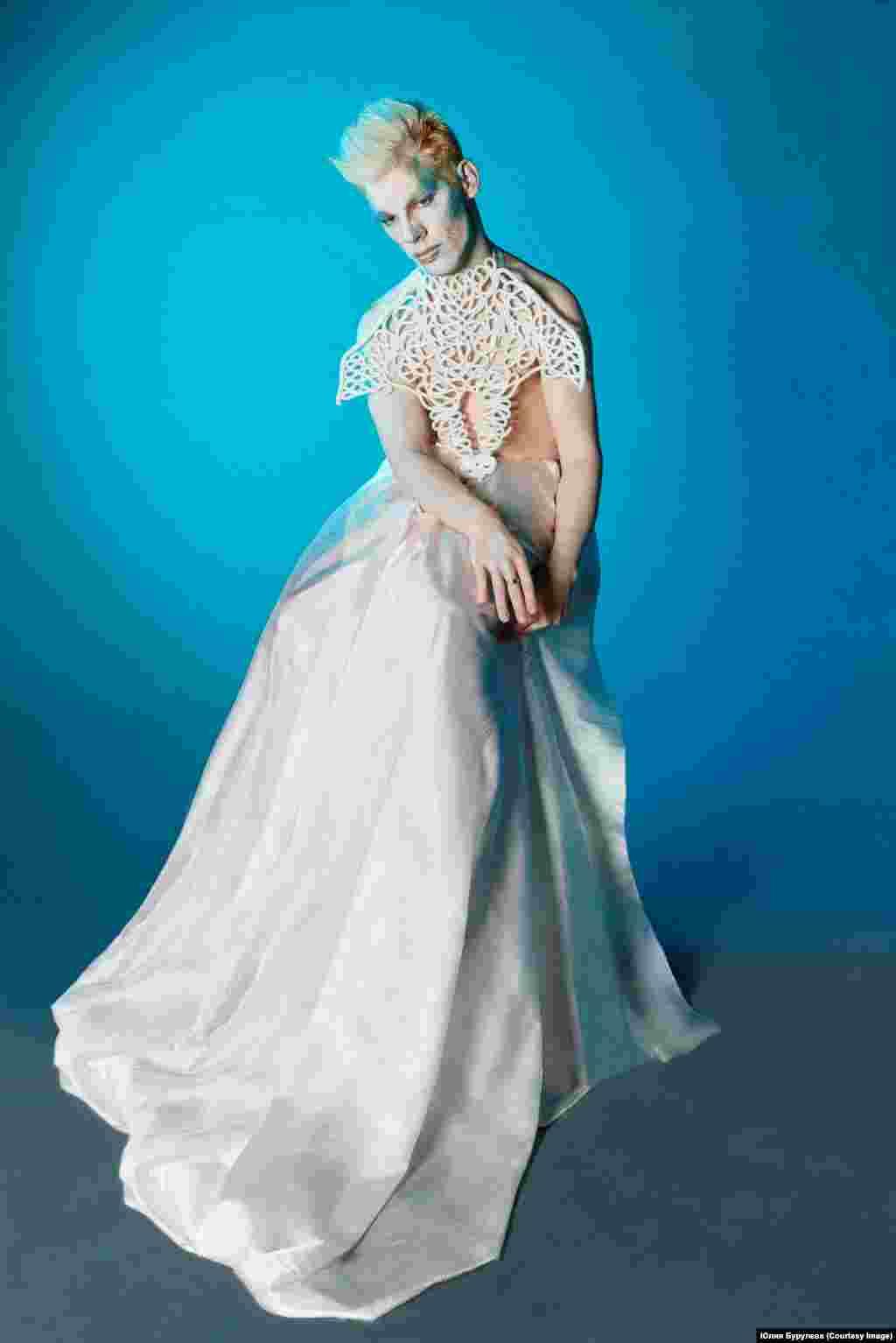 Владимир Ахапкин: «Меня признали моделью с физическими ограничениями одним из первых. Я снимался для немецкого телеканала RTL. Признан самой популярной моделью рунета по версии модной премии Moscow Fashion Day».