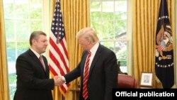 Грузинский премьер, воодушевленный теплым приемом в Вашингтоне, пригласил президента США посетить Тбилиси