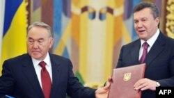 Віктор Янукович та Нурсултан Назарбаєв, Київ, 14 вересня 2010 року
