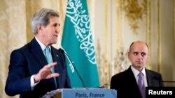 كيري والجبير في مؤتمر صحفي مشترك - باريس 8 أيار 2015