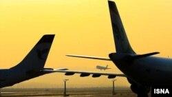مسوولان سازمان هواپيمايی کشوری میگویند افزايش قیمت ارز در ايران در چند وقت اخیر، هزينههای شرکتهای هواپيمايی را بيش از پيش افزايش داده است