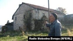 Куќата на Калеш Анѓа во селото Старавина.