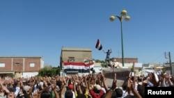 تظاهرات ضد دولتی در «حوله» در نزدیکی حمص.
