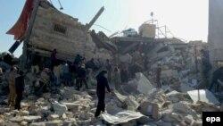 Разрушенный в результате бомбардировки госпиталь, действовавший при международной организации «Врачи без границ» (MSF). Маарет аль-Нуман, Идлиб, Сирия, 15 февраля 2016 года.