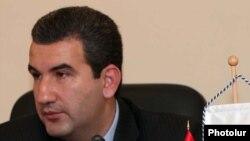 Председатель Государственной комиссии по защите экономической конкуренции Артак Шабоян (архивная фотография)