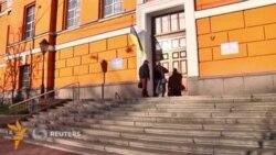 Украинада парламент сайловлари бўлиб ўтмоқда