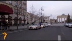 Журналісти чергують під готелем у Берліні, де зупинився Ходорковський