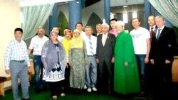 Фәрид Мөхәммәтшин Омски татарлары белән очрашты