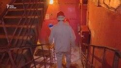 Зазирнути у ядерне пекло: Радіо Свобода побувало в частині з найзабрудненіших приміщень саркофагу ЧАЕС