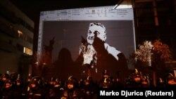Protesti ispred sedišta državne televizije u Budimpešti 17. decembra.