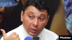 Вице-спикер Национального Собрания Армении Эдуард Шармазанов