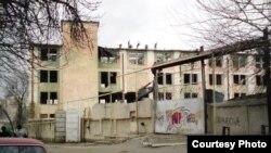 """Uzbekistan - """"Urtak"""" confectionary in Tashkent being demolished, courtesy photo of Ilgizar Munosibov, 20Feb2011"""