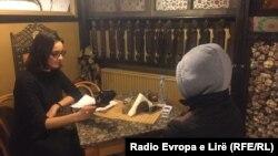 Novinarka RSE Luljeta Krasniqi - Veselji u razgovoru sa bivšim pripadnikom Fronta al-Nusra, Priština, 25. februar 2016.