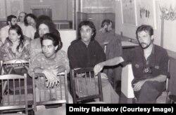 1994 год, Петербург. Шамшад Абдуллаев получает премию Андрея Белого. Фото Дмитрия Белякова