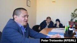 Руслан Мамутов әріптестерімен бірге. Алматы, 2 тамыз 2018 жыл