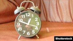 О 3:00 за київським часом стрілки годинників переведуть на одну годину вперед