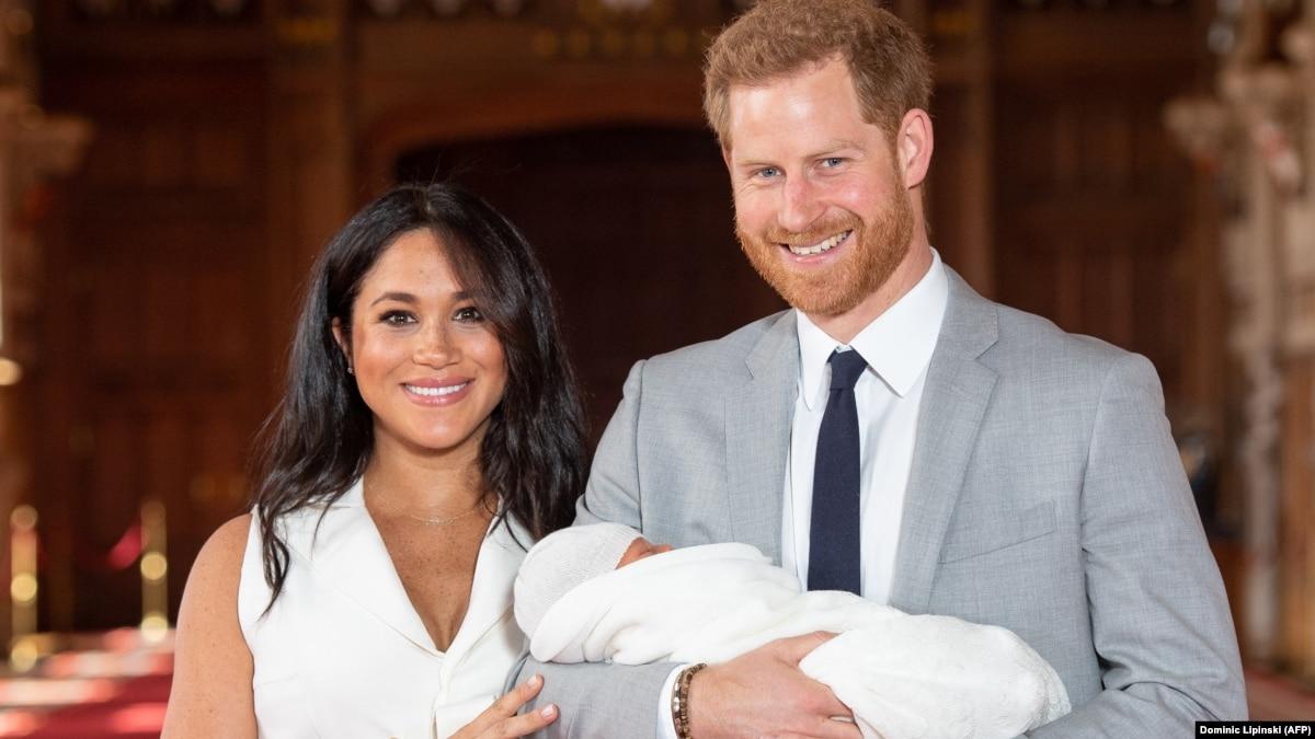 Принц Гарри и Меган Маркл объявили о намерениях выйти из королевской семьи