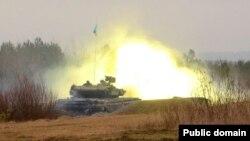 Український танк у зоні бойових дій. Ілюстраційне фото