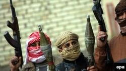 Иракъ -- ШиIатийн Iедална резабоцуш гIевттина Анбар-кIоштара суннаташ , Фалудж-гIала, 05Деч2014