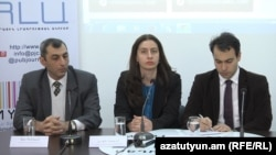 Адвокаты Ара Закарян, Лусине Акопян, Тигран Егорян во время пресс-конференции, Ереван, 15 апреля 2015 г․