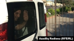 Faiq Əmirli məhkəməyə gətirilən zaman
