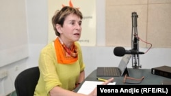 Milica Pešić u beogradskom studiju RSE, april 2016.