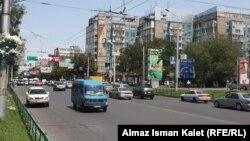 Бишкектин борбордук көчөлөрүнүн бири.