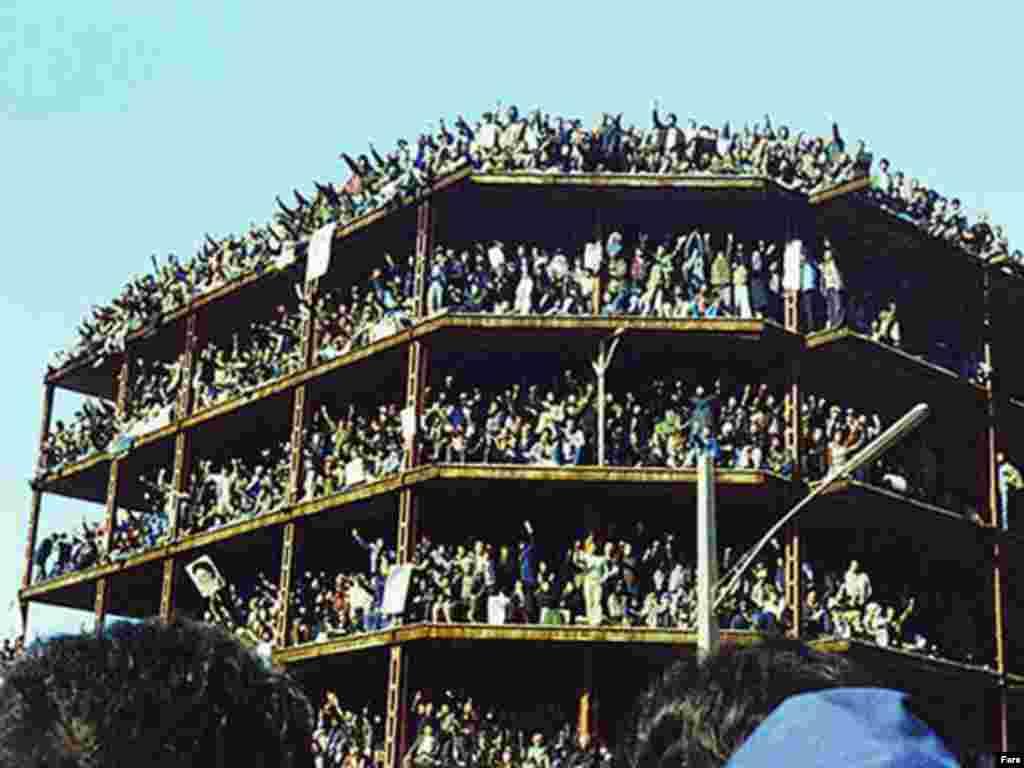 Тегерандагы революциялык акция. 1979-жыл.