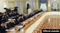 Қазақстан үкіметінің жиыны. Астана, 18 қараша 2015 жыл. (Көрнекі сурет).