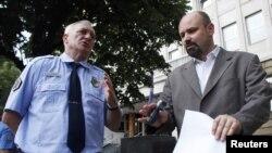 Bruno Vekarić ispred Specijalnog suda u Beogradu nakon hapšenja Ratka Mladića, 26. maj 2011.