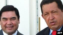 Венесуэла президенти Уго Чавес Түркмөнстан президенти Гурбангули Бердимухаммедов менен, Ашгабад, 7-сентябрь 2009-жыл
