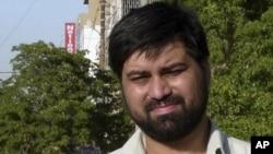 اسلام اباد: د وژل شوي خبریال سید سلیم شهزاد انځور. د پاکستان په استخباراتي ادارې تر دې وژنې وروسته تورونه پورې کېږي.