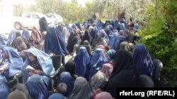 Афганські жінки потерпають від війни і браку освіти