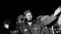 1959 yil yanvarida Kastro boshliq inqilobchilar Batista hukumatini ag'dardi.
