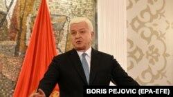 Marković: To su zaposleni koji rade odgovorne poslove i imaju pravo da rješavaju stambena pitanja