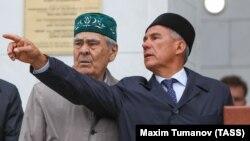 Госоветник Татарстана Минтимер Шаймиев, президент Татарстана Рустам Минниханов
