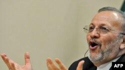 منوچهر متکی، وزیر خارجه جمهوری اسلامی.